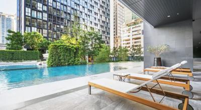 For SaleCondoWitthayu,Ploenchit  ,Langsuan : Best deal 1B size 49.5 very high floor, nice view, Fully furnished, Classy interior Sell 12.5 MB (BTS Ploenchit)