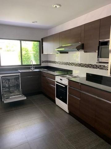 For RentHouseRamkhamhaeng,Min Buri, Romklao : House for rent in the village 39 Exclusive, Soi Ramkhamhaeng 108, near Sammakorn Place
