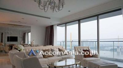 เช่าคอนโดพระราม 3 สาธุประดิษฐ์ : Riverside / River View, Big Balcony | Star View Condominium 3 Bedroom For Rent BRT Rama IX Bridge in Rama 3 Bangkok