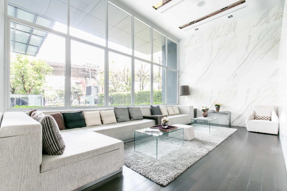 ขายคอนโดสุขุมวิท อโศก ทองหล่อ : Exclusive offer 2B size 76 (only 16x,xxx/sq. m) Highlight view, Very high floor Fully furnished, Sell 12.2 MB only (BTS Thonglor)