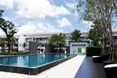 For SaleTownhouseRathburana, Suksawat : Sale * New house, Rama 2 - Phutthabucha (2) (Soi Phuttha Bucha 36), 3 bedrooms, 3 bathrooms with parking, 2 cars * Land and Houses,