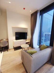 For RentCondoSilom, Saladaeng, Bangrak : 1 Bedroom on High Floor for Rent