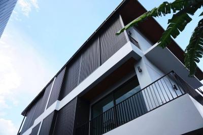 ขายบ้านสุขุมวิท อโศก ทองหล่อ : House 3- storey for sale @ Sukhumvit 49 , BTS Phrompong