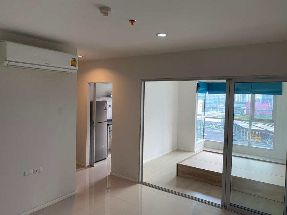 ขายคอนโดพระราม 9 เพชรบุรีตัดใหม่ : เจ้าของขายเองคอนโด Aspire พระราม 9 แบบ 1 ห้องนอน 39 ตร.ม. ชั้น 12A ตึก B (ตึกเดียวกับที่จอดรถ) ทิศใต้ วิวทางด่วน ห้องเปล่าแบบเดิมๆที่ซื้อมาจากโครงการ ราคา 3.89 ล้าน
