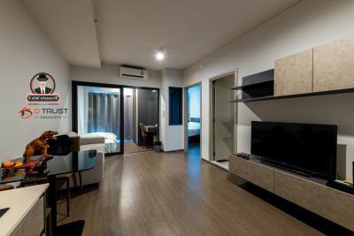 For RentCondoSapankwai,Jatujak : Condo for rent, Ideo Phahon-Chatuchak, 2 bedrooms, corner room, fully furnished.