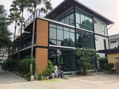 For RentOfficeBangna, Lasalle, Bearing : RF018 Office for rent, 3 floors, area 1100 sq m. Soi Lasalle 41, near Bitec Bangna