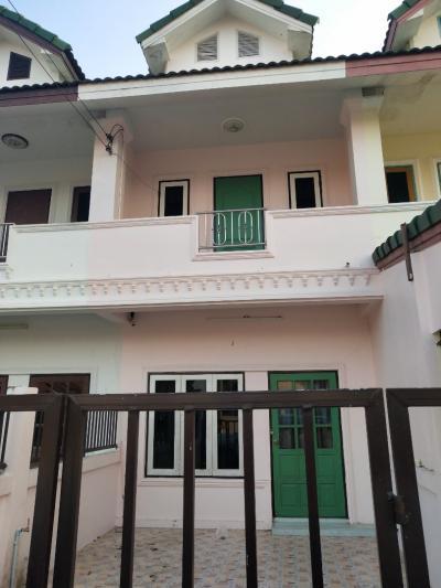ขายทาวน์เฮ้าส์/ทาวน์โฮมระยอง : ขาย ทาวเฮาส์ 2 ชั้น 2 ห้องนอน 2 ห้องน้ำ สำนักท้อน น่าพักอาศัย
