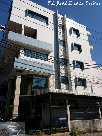For RentShophouseRatchadapisek, Huaikwang, Suttisan : 5-storey commercial building for rent including deck (With mezzanine) Suthisan Road, near MRT Sutthisan