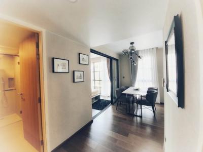 เช่าคอนโดวิทยุ ชิดลม หลังสวน : <<< เช่าด่วน  ++ Na Vara Residence  2 ห้องนอน  2 ห้องน้ำ 68 ตร.ม.