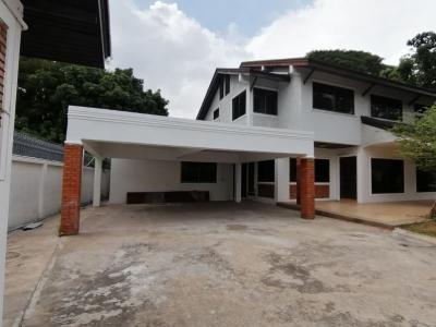 ขายบ้านสุขุมวิท อโศก ทองหล่อ : ขาย บ้านเดี่ยว สุขุมวิท 55 ขายพร้อมผู้เช่า BTS ทองหล่อ