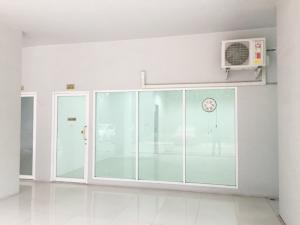 For RentOfficeSapankwai,Jatujak : Office for Laundry rent in Jatujak-Mochit (Free car parking)