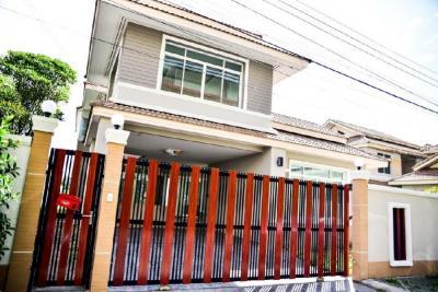 For RentHouseRamkhamhaeng,Min Buri, Romklao : House for rent Private lake atmosphere, KC, Ramkhamhaeng 118 view number, ready to move in