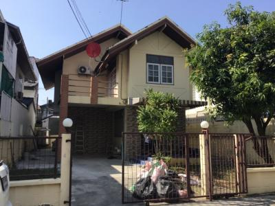 For RentHouseRama9, RCA, Petchaburi : Detached house near The Nine, Rama 9, Ramkhamhaeng 24