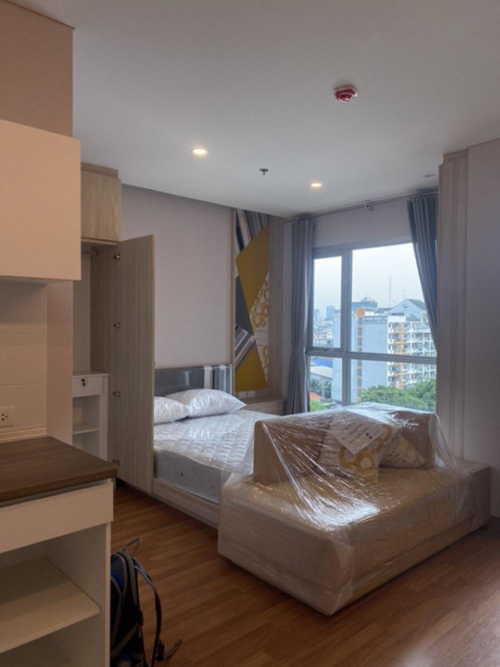For RentCondoSapankwai,Jatujak : New room, Lumpini Ville Vipa, 8th floor, ready to rent.