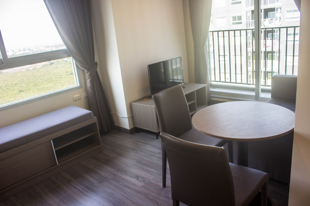 For RentCondoSamrong, Samut Prakan : Starting at 7,500 at The Trust, near Erawan BTS and tourist attractions. Fully furnished, ready to move in !!