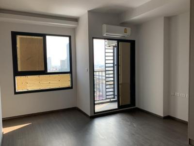 For SaleCondoOnnut, Udomsuk : Sell Resale studio! Ideo sukhumvit 93 near BTS Bang Chak. Price 3.82 MB. Very cheap price.