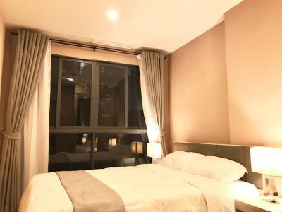 For RentCondoBangna, Lasalle, Bearing : [Owner] ปล่อยเช่าคอนโด Ideo O2, 1 Bedroom ห้องวิวสระจากเตียงนอน แต่งครบ ครัวปิด พร้อมเข้าอยู่