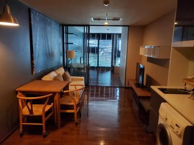 เช่าคอนโดสุขุมวิท อโศก ทองหล่อ : 1 Bed Condo for Rent at Noble Remix [Ref: P#202001-11219]