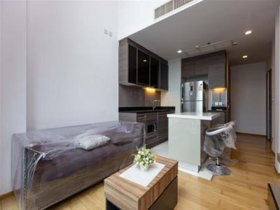 For SaleCondoSukhumvit, Asoke, Thonglor : 50 meters near BTS Thong Lo 2 bedrooms Duplex, new room, beautiful decoration, good price, ready to live 19.5 million, call 0805666465