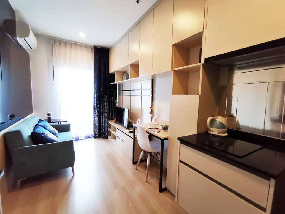 For SaleCondoRatchadapisek, Huaikwang, Suttisan : ++ - For Sale ++ Noble Revolve Ratchada 1 ** 1 Bedroom 25.90 sq.m., Floor 30, Built in, Fully Furnished