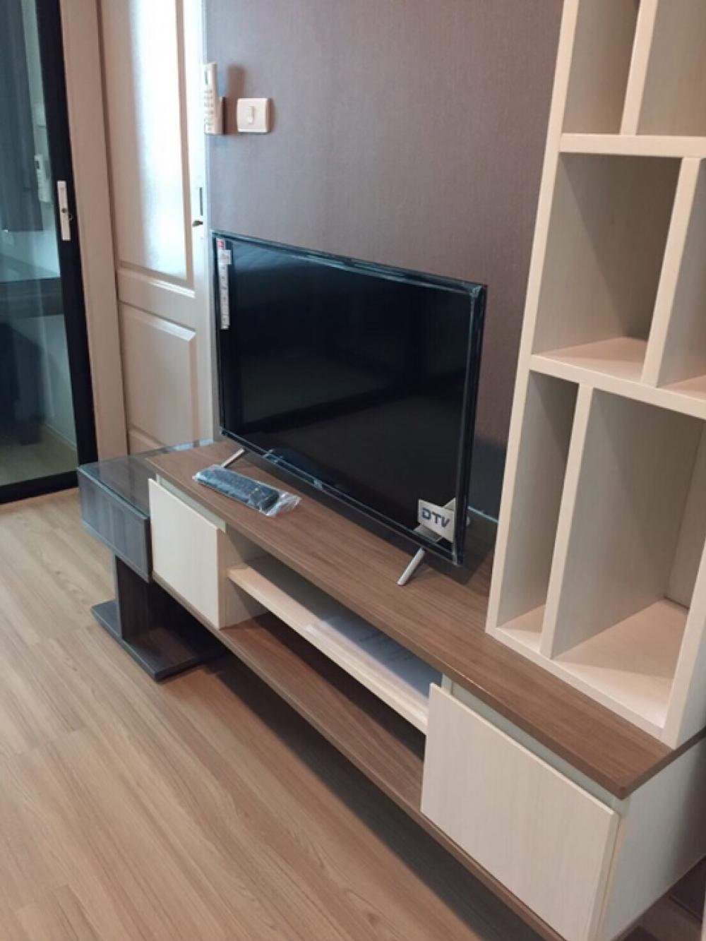 เช่าคอนโดลาดพร้าว เซ็นทรัลลาดพร้าว : For Rent The Uniqe Ladprao26 type 1bed1 bath size 30 sq.m floor 4 fully furnished price 11k MRT Ladprao 150 mete contact porto 061-7304445Line : i-portofc