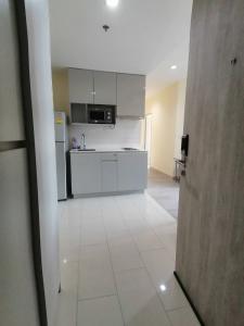 เช่าคอนโดพระราม 9 เพชรบุรีตัดใหม่ : 👉 ให้เช่า Ideo mobi พระราม 9  ขนาด 54 ตร.ม. 2 ห้องนอน 2 ห้องน้ำ ราคา 21,000 บาท สนใจติดต่อ 0654649497