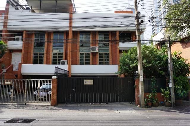 For RentTownhouseWitthayu,Ploenchit  ,Langsuan : RT322 Townhome for rent, 6 floors, Soi Ruamrudee, Suan Lumphini Subdistrict, Pathumwan District, Bangkok