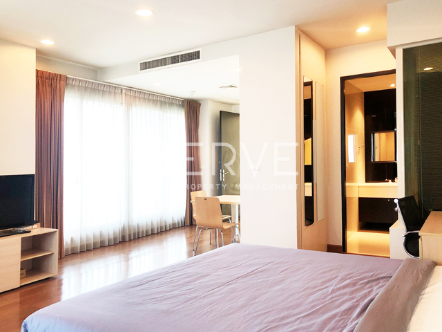 For SaleCondoWitthayu,Ploenchit  ,Langsuan : Large Studio Corner Unit at The Address Chidlom for Sale with Nice View/ Good Price