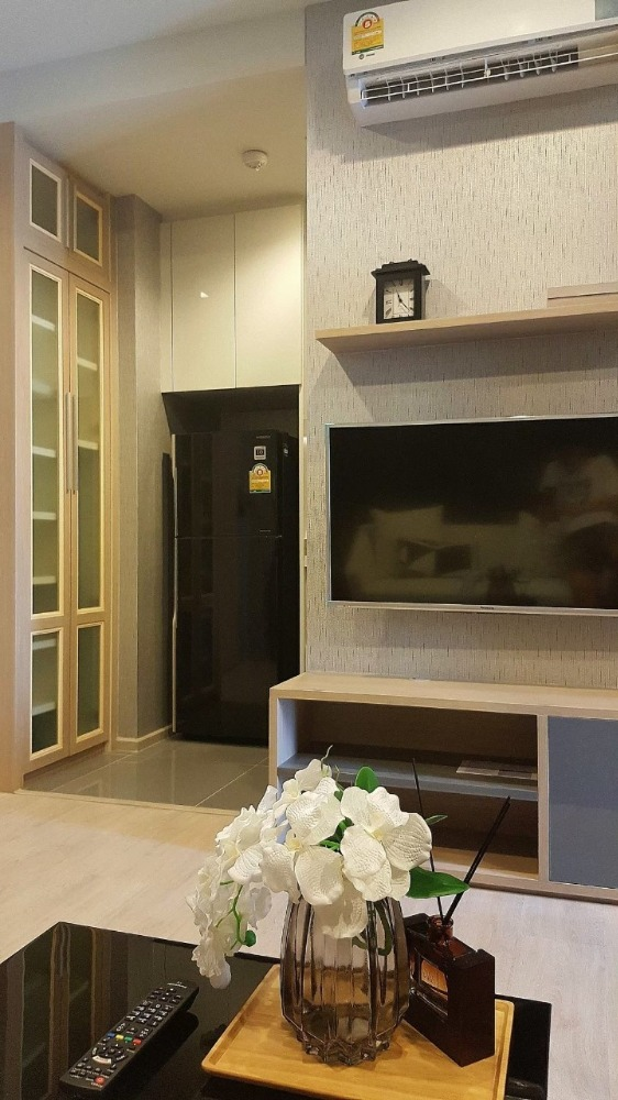 For SaleCondoSukhumvit, Asoke, Thonglor : For Sale Condo M Thorlor 10 near BTS Ekkamai Fully Furnished and Facilitators with good view and location.