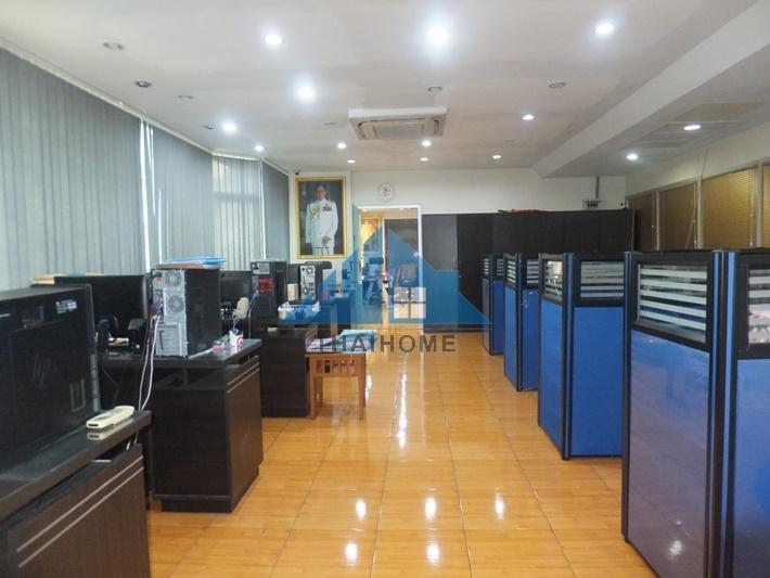 ขายสำนักงานเกษตรศาสตร์ รัชโยธิน : ห้องชุดสำนักงาน 179.15 ตรม . ตกแต่งใหม่ โครงการรัชวิภาเพลส ทำเลดี เยื้อง SCB PAPK ซอยรัชดาภิเษก 48 เข้าซอย 100 เมตร ราคาต่อรองได้