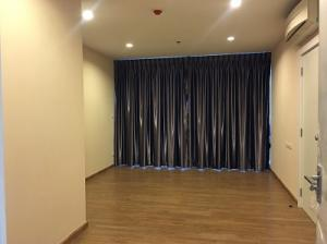 For SaleCondoBang Sue, Wong Sawang : Quick sale!! The Tree Interchange, size 58 sq.m., 12th floor, Building A, empty room, standard project. Interested in 086-5579898