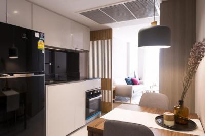 For RentCondoSiam Paragon ,Chulalongkorn,Samyan : Cosy 1 Bed 50sqm for rent at Siam Square.