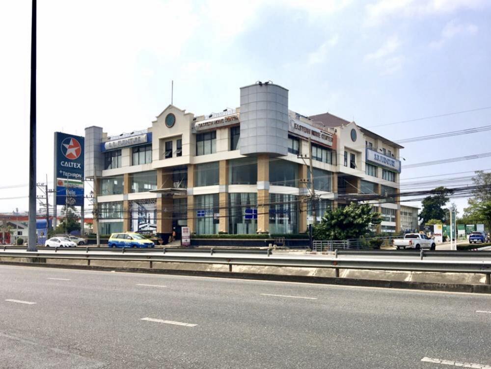ขายที่ดินพัทยา บางแสน ชลบุรี : ขาย ที่ดิน 2-3-84 ไร่ พร้อมอาคาร 4 ชั้นครึ่ง ติดถนนสุขุมวิท พัทยา ติดโลตัส Outlet Mall Pattaya