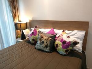 เช่าคอนโดพระราม 9 เพชรบุรีตัดใหม่ : For Rent 租赁式公寓 Casa Asoke-Dindaeng  (studio)26sq.m. 8,500 THB Tel. 065-9899065