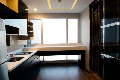 For RentCondoSapankwai,Jatujak : For rent, Rhythm Phahol-Ari, size 45.7 sq.m., 28th floor, new decoration, beautiful room, fully furnished, very new.