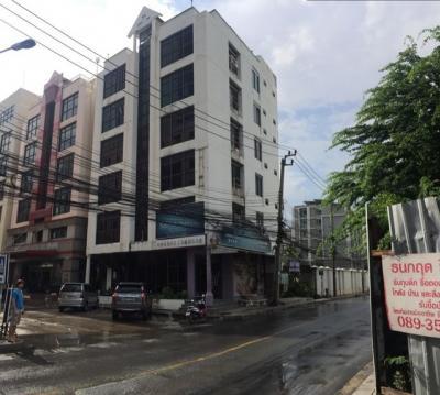 For RentShowroomRatchadapisek, Huaikwang, Suttisan : For rent, showroom, office building, 6 floors Ayothaya City Project, Soi Ratchada 18, Huai Khwang District