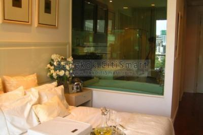 For SaleCondoWitthayu,Ploenchit  ,Langsuan : Sell ++ 1 bedroom, 42 sq.m., beautiful room, fully furnished Cheapest price in the project Call: 093-6098996