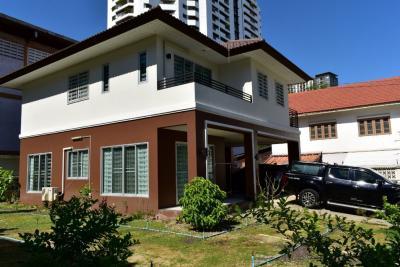 ขายบ้านปิ่นเกล้า จรัญสนิทวงศ์ : ขายบ้านเดี่ยว 2 ชั้น ซอย จรัญสนิทวงศ์ 40 บ้าน 2 ปี 100 ตรว พท.ใช้สอย 228 ตรม  4นอน 3น้ำ 2 จอด  35.0 ล  โทร 0653953509