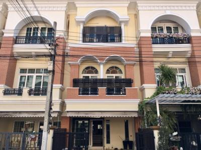 For RentTownhouseKaset Nawamin,Ladplakao : Rent Casa City Nuanchan 1 Townhome Nuanchan Road Smooth Express Ekkamai Ramintra Lat Phrao House very beautiful