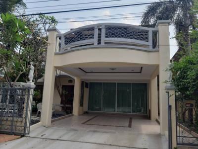 For RentHouseRamkhamhaeng,Min Buri, Romklao : RH272 2 storey detached house in the whole new renovated New furniture, every piece of Ramkhamhaeng 164