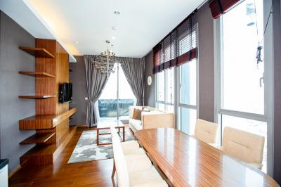 For RentCondoSukhumvit, Asoke, Thonglor : CD154518 Great spot condo with shuttle service