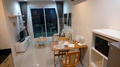 เช่าคอนโดพระราม 9 เพชรบุรีตัดใหม่ : For Rent Circle Condominium (39 sqm.)
