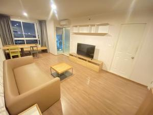 For RentCondoRamkhamhaeng, Hua Mak : U Delight Huamark 52 sqm, 20th floor, two bedrooms, 15,000 baht. 064-959-8900