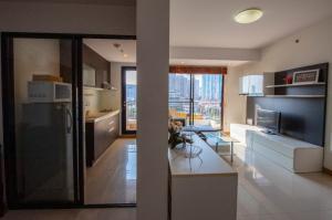 For RentCondoRama3 (Riverside),Satupadit : Modern 2 Bedroom Suite with City Views near Sathorn Rd.