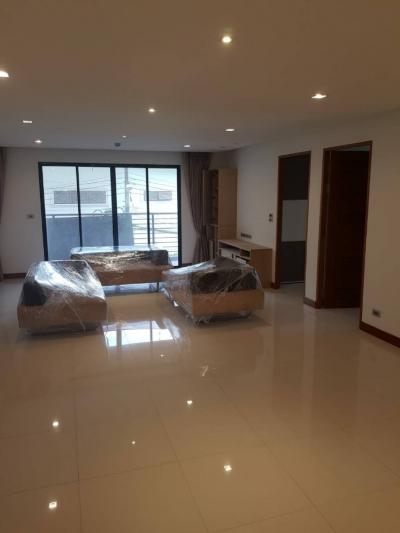 For RentCondoSukhumvit, Asoke, Thonglor : PET FRIENDLY J.B. Residence (Sukhumvit 12) 3 Beds 160 sqm @BTS Asoke 60,000 THB