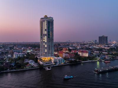 For SaleCondoPinklao, Charansanitwong : LUXURY Condo for sale 🎉 My resort @ River Charansanitwong 72📍2Bed 3Bath + 1multipurpose room / bedroom//'s maid Area 162.33 Sq.m. , 30th Floor. Chao Praya river view / Near MRT Bangplad 450 m.