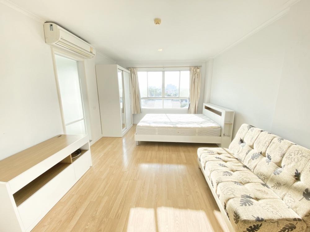 For RentCondoRamkhamhaeng, Hua Mak : For rent, Lumpini Ville Ramkhamhaeng 26 28 sqm. Floor 3, Building D 7,000 baht.