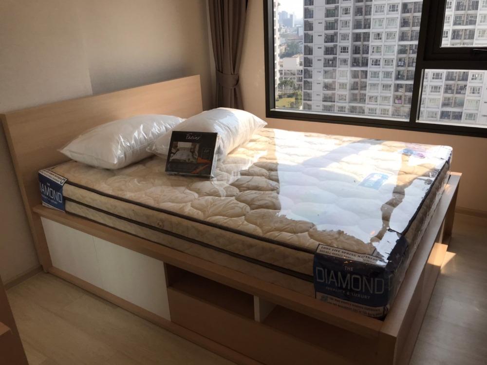 เช่าคอนโดปิ่นเกล้า จรัญสนิทวงศ์ : ✨ให้เช่า 1 นอนห้องใหม่แกะกล่อง ไลฟ์ ปิ่นเกล้า ติด MRT บางยี่ขัน ✨