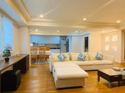 For RentCondoSukhumvit, Asoke, Thonglor : @Phrom Phong > Royal Castle (3 Beds + 1 Maid) 162 sqm 50,000