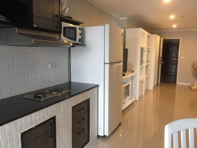 For RentCondoWitthayu,Ploenchit  ,Langsuan : Pet Friendly (2 Beds 82 Sqm) @BTS Ploenchit 30,000 THB